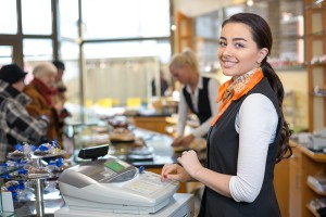 How to Recruit and Retain Retail Employees