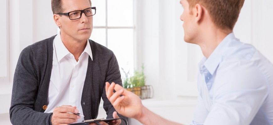 4 Ways to Develop Strong Relationships with Your Candidates and Clients